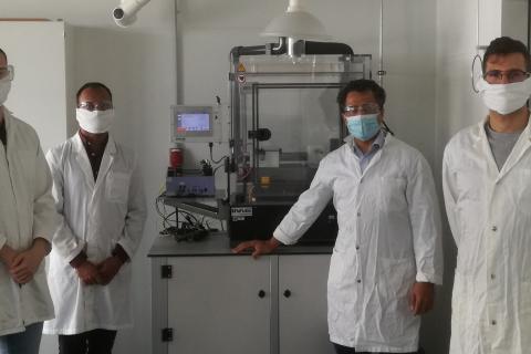 Professor Dr. Amir Fahmi (zweiter von rechts) und die Mitglieder der Forschungsgruppe der Hochschule Rhein-Waal